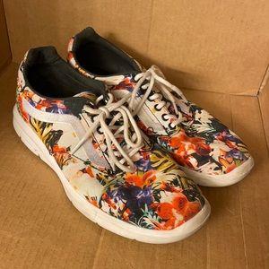 Vans Ultra Cush floral sneakers